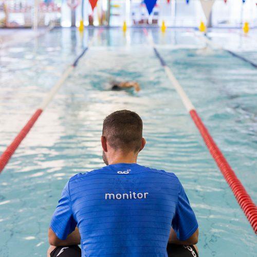 club de nadadores en go fit