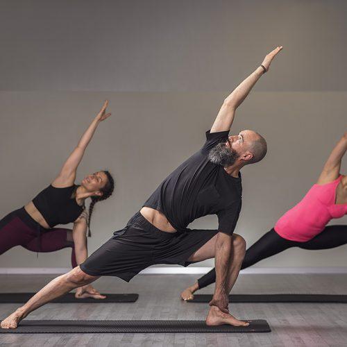 clases de pilates, yoga y estiramientos